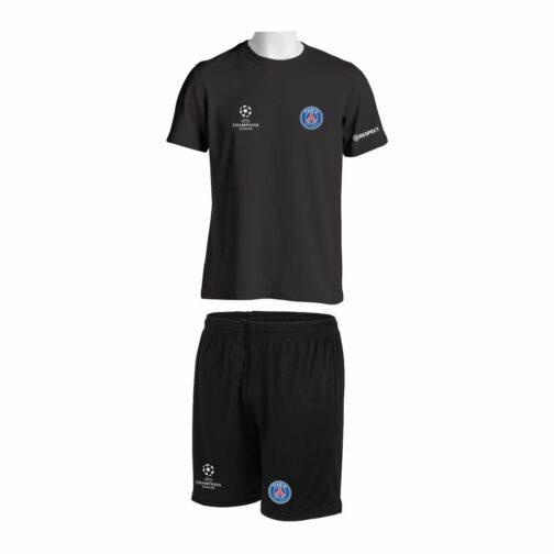 Trening Komplet PSG je oprema za trening koji se sastoji od majice i šorca sa štampom grbova.