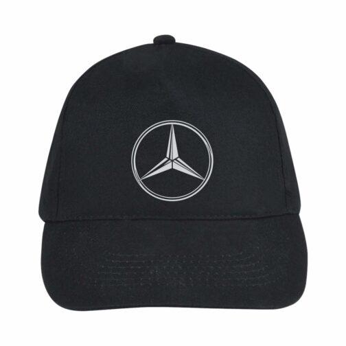 Mercedes Kačket u crnoj boji sa printom napred